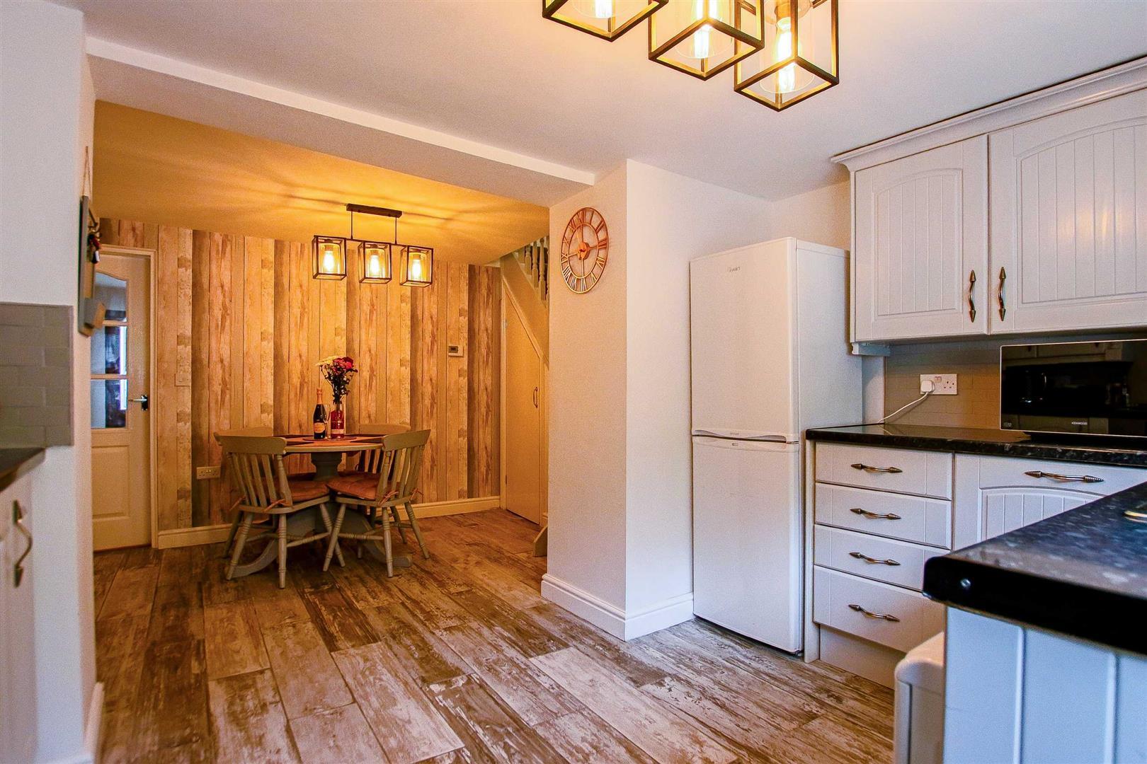 2 Bedroom Terraced Cottage For Sale - Image 6